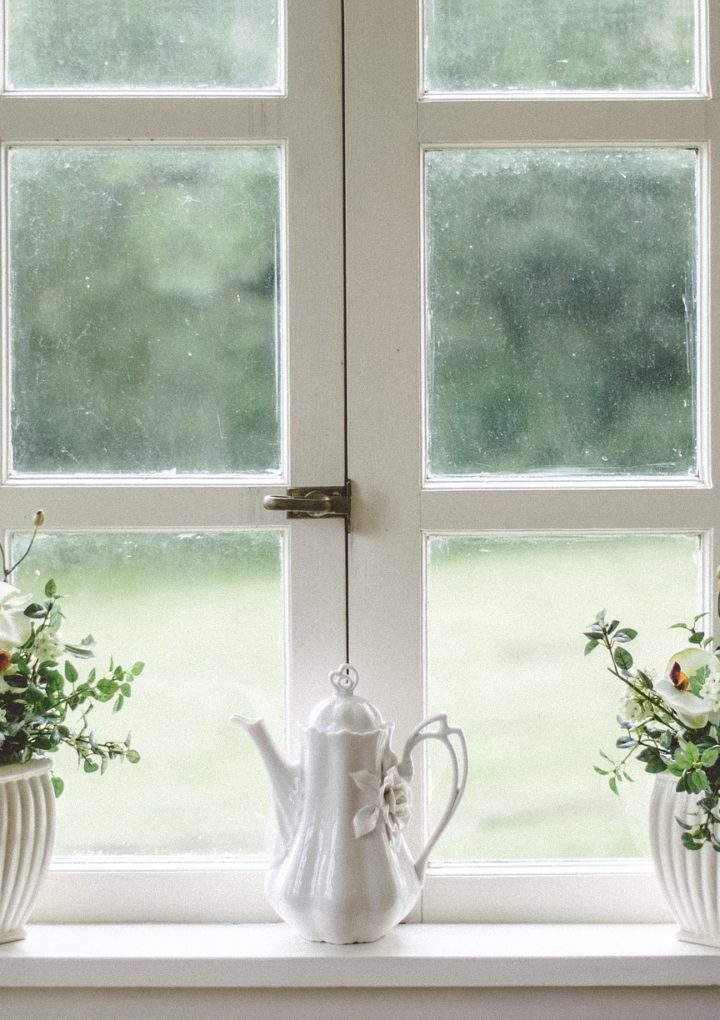 Naprawa okien Kraków ceny – jakie usterki okien są możliwe do naprawienia?